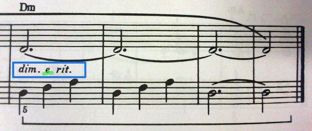 「dim.」と「rit.」の間にある謎の「e」